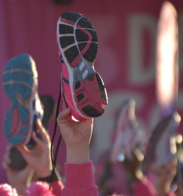 shoe salute
