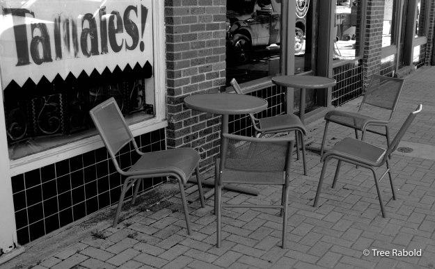 sidewalk seats
